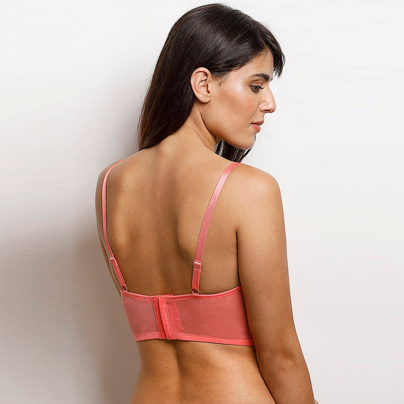 Zivame Moroccan Lace Underwired Longline Bra- Coral  Amazon.in  Clothing    Accessories 144ecba4c