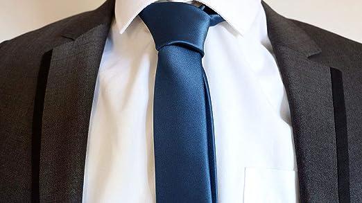 2535e3b62608 James Bond (Daniel Craig) Navy Skinny Tie: Amazon.co.uk: Clothing