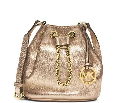 c54b1d770801 MICHAEL Michael Kors Frankie Drawstring Crossbody Bag in Pale Gold: Handbags:  Amazon.com