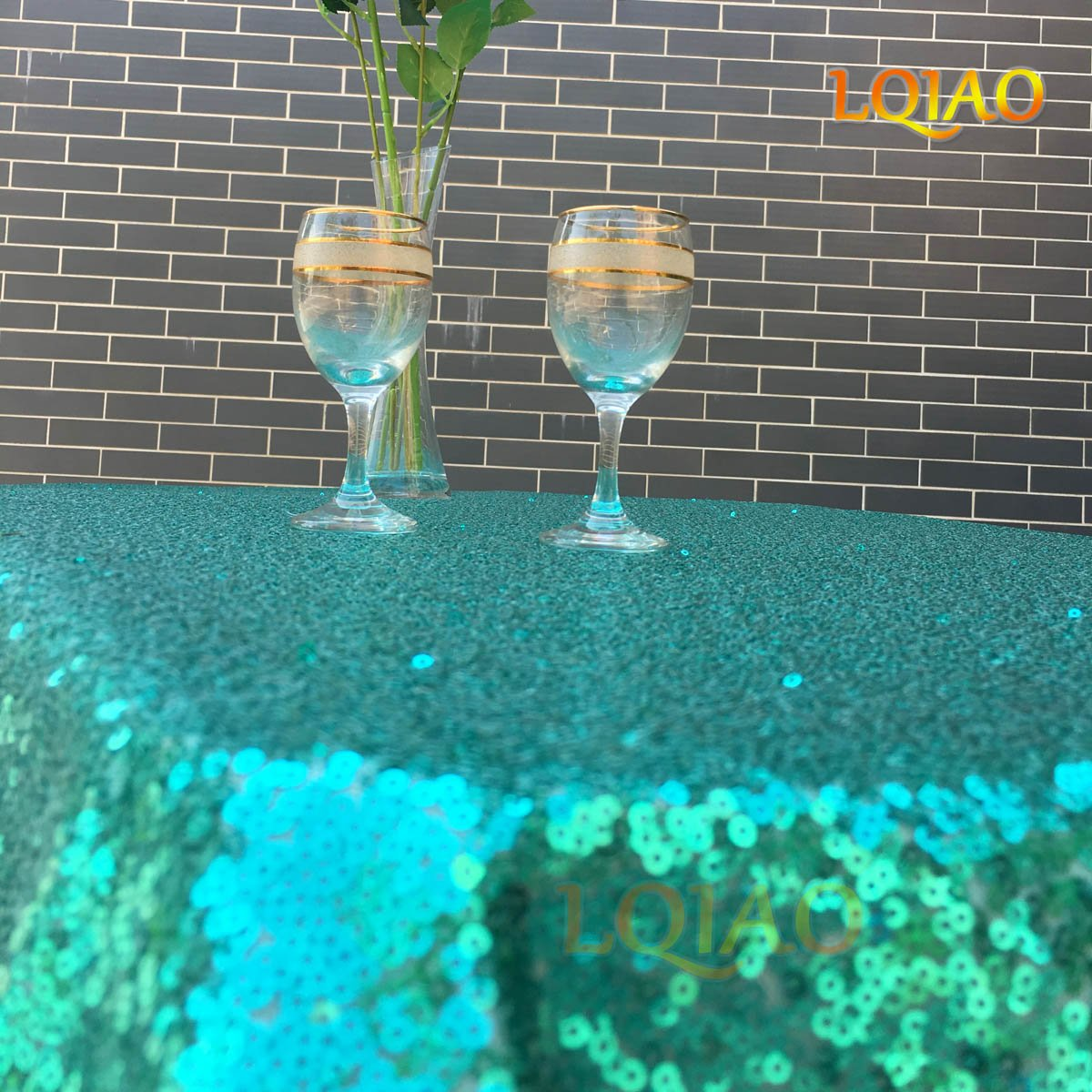 Cheapest 10PCS 120inch Round Sequin Tablecloth, Emerald Green Table Cloth Sparkly Wedding Tablecloth Evening Party Decoration by LQIAO