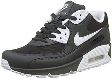 new style 30b59 f5736 Nike Men s Air Max 90 Essential Sneakers