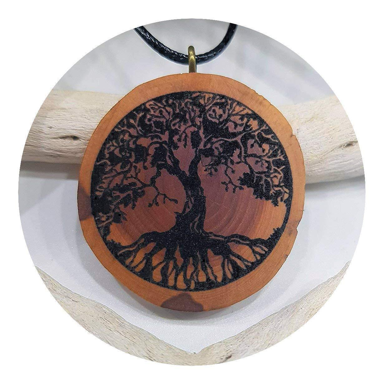La natura SOULSLICES Albero della vita OM 9 Catena di legno Ciondolo in legno Decorazione di rami Donne Incisione Yoga Significato Sostenibile Vegan Le signore Gioielli naturali