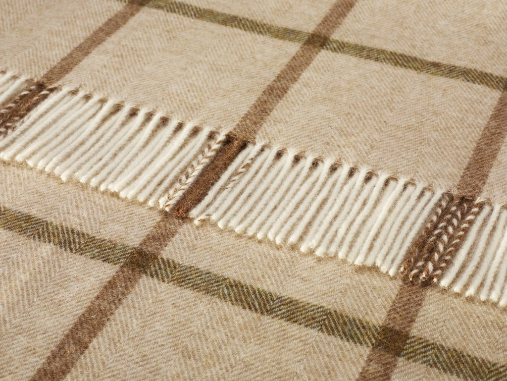 Shetland Quality - Pure New Wool - Windowpane - Natural - Throw Blanket