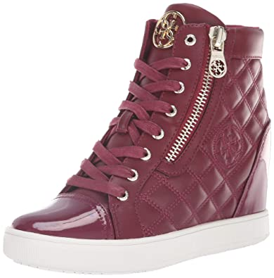 8b6a9f2f1fb GUESS Women s FITER Sneaker red 8 ...