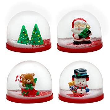 The Twiddlers 4 Mini Christmas Snow Globes 4 Small Snowglobe