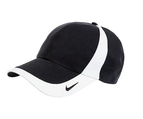 0490b429b5 Nike Original Dri-FIT Lightweight Swoosh Embroidered Baseball Cap - Black  White  Amazon.co.uk  Clothing