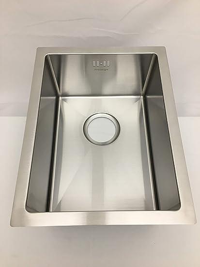 undermount single small bowl stainless steel kitchen sink amazon co rh amazon co uk