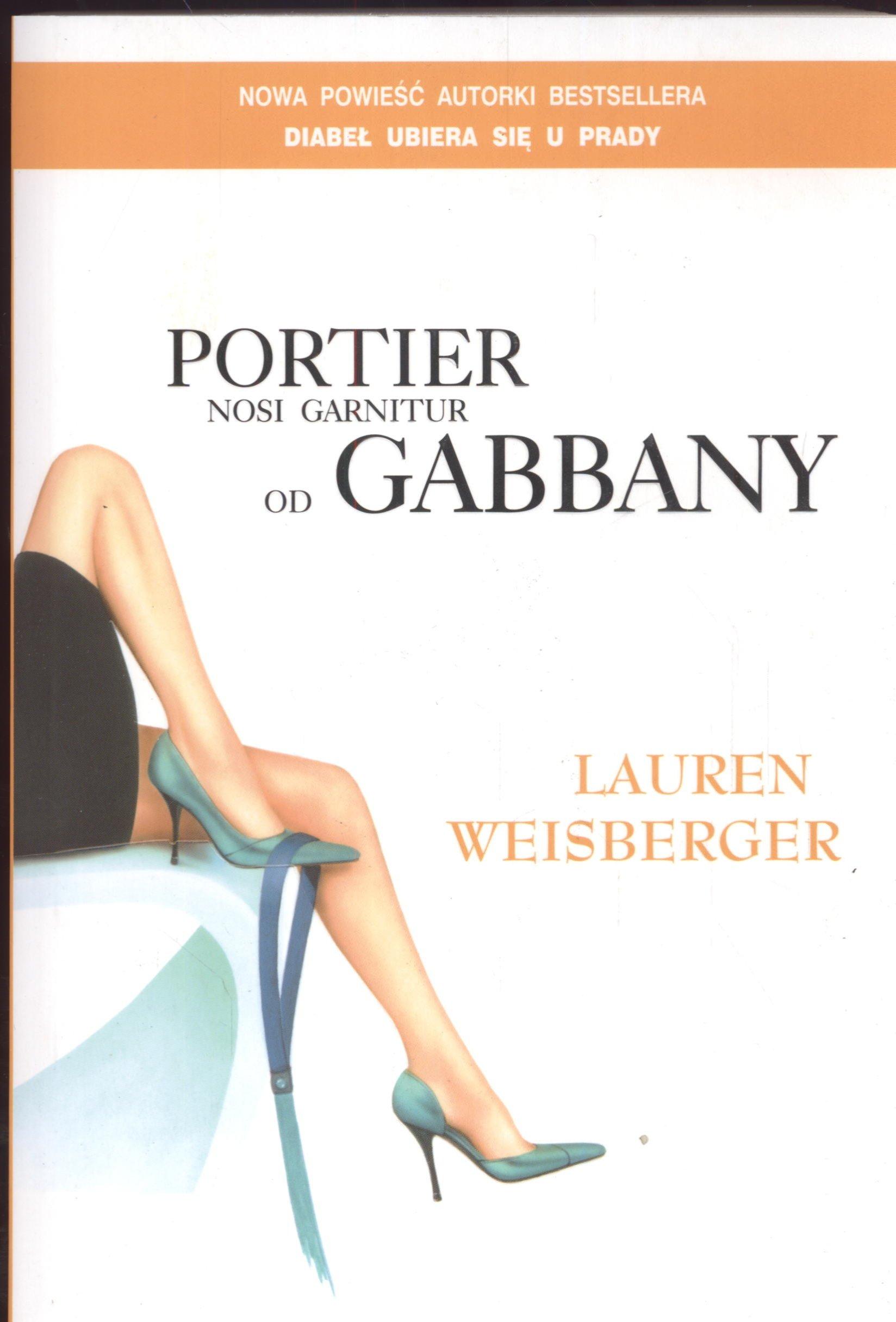 Portier Nosi Garnitur Od Gabbany Br