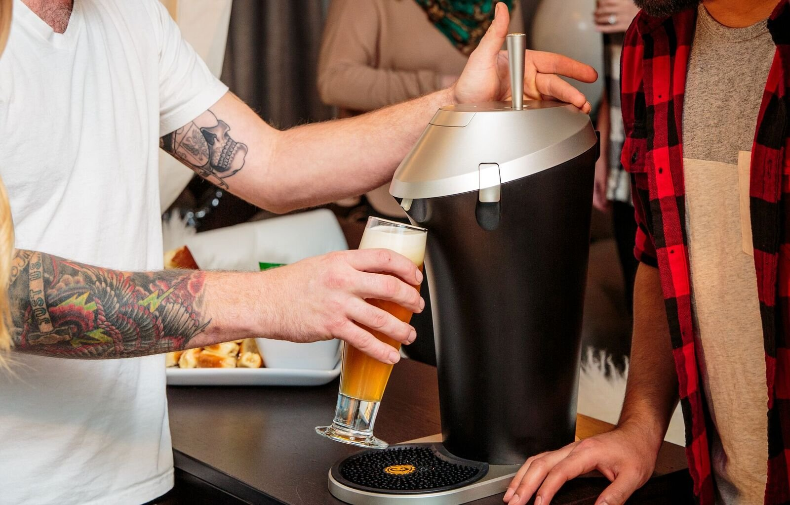 Fizzics Original Portable Beer System with Fizzics Micro-foam Technology for a Bottle to Draft Experience.