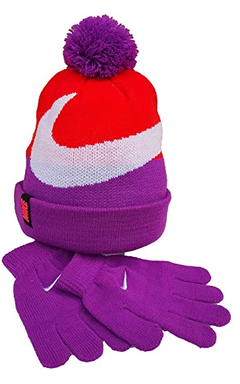214609b1994 Amazon.com  Kids  Nike Swoosh Pom Beanie Hat and Gloves Set   Sports ...