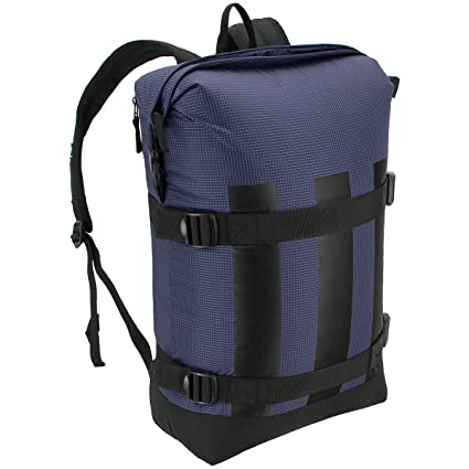 3bb46767175f Amazon.com  adidas Originals Run Backpack