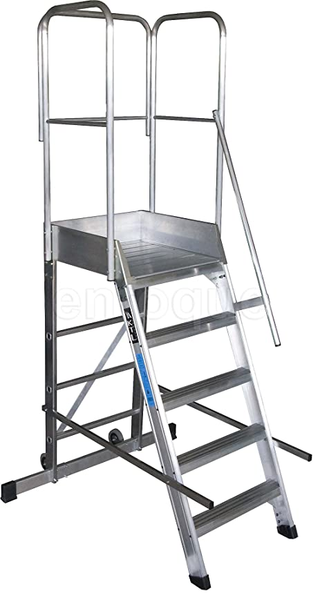 Escalera profesional de aluminio un acceso con plataforma de trabajo 5 peldaños 60x60 serie store 68º