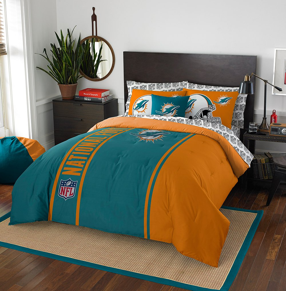 NFL Miami Dolphins Soft & Cozy 7-Piece Full Size Bed in a Bag Set