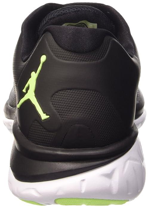 the latest 8a184 f6c83 Amazon.com   Jordan Nike Men s Flight Runner 2 Running Shoe   Road Running