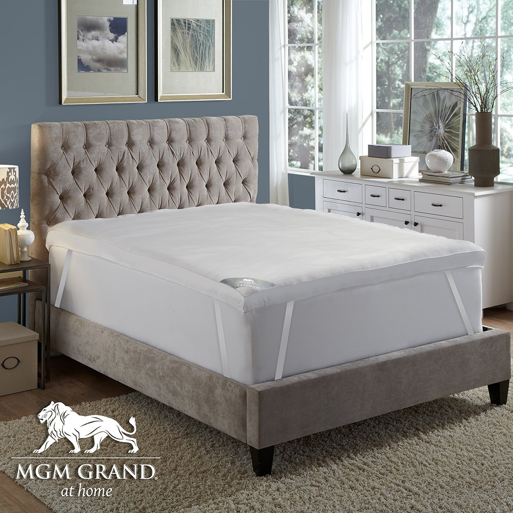 MGM GRAND at home Platinum Collection 5'' Hotel Pillow top Down & Feather Bed / Mattress Topper filled with Feathers and Goose Down Alternative Fiber -100% Cotton Feather Proof, Baffle Box (Queen) by MGM GRAND at Home