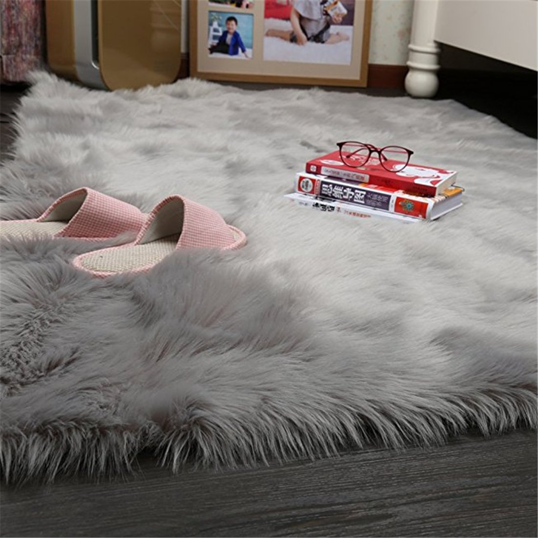Meng Ge Super Soft Faux Fur Fake Sheepskin Sofa Couch Stool Casper Vanity Chair Cover Rug Solid Shaggy Area Rugs for Living Bedroom Floor