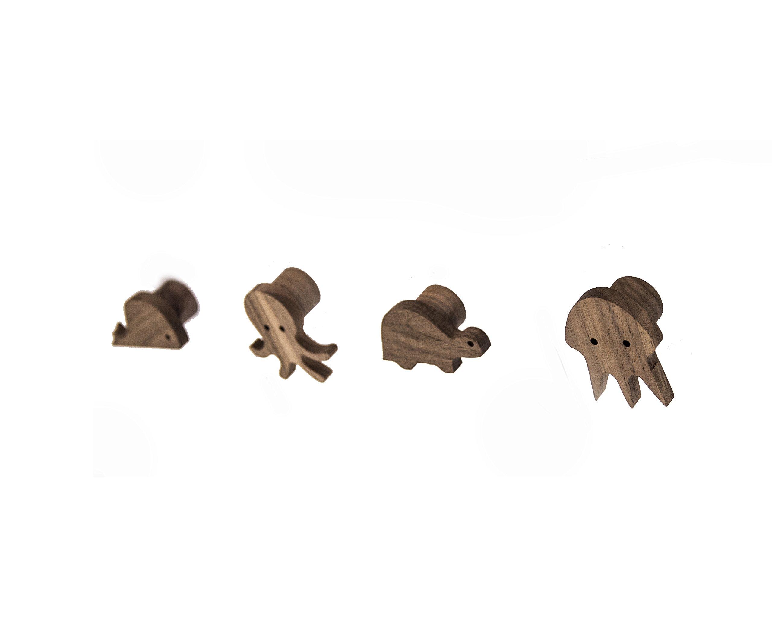 AVIGNON HOME Sea Animals Natural Wooden Coat Hooks Wall Mounted Vintage Single Organizer Hangers, Handmade Craft Hat Rack (Set of 4 Pieces)