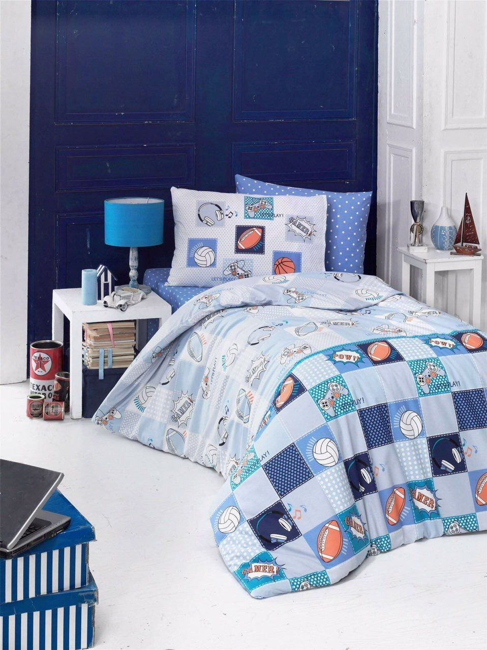 LaModaHome 3 Pcs Colored Full and Double Bedroom Bedding Ranforce 100% Cotton Ranforce Double Quilt Duvet Cover Set Blue Background Gamepad Ball Square Patternn Gamer