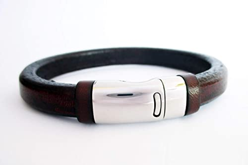 Pulsera cuero regaliz marrón, pulseras hombre, pulseras de cuero genuino, brazaletes de cuero, accessorios para hombre, pulsera acero inoxidable, moda para hombre: Amazon.es: Handmade
