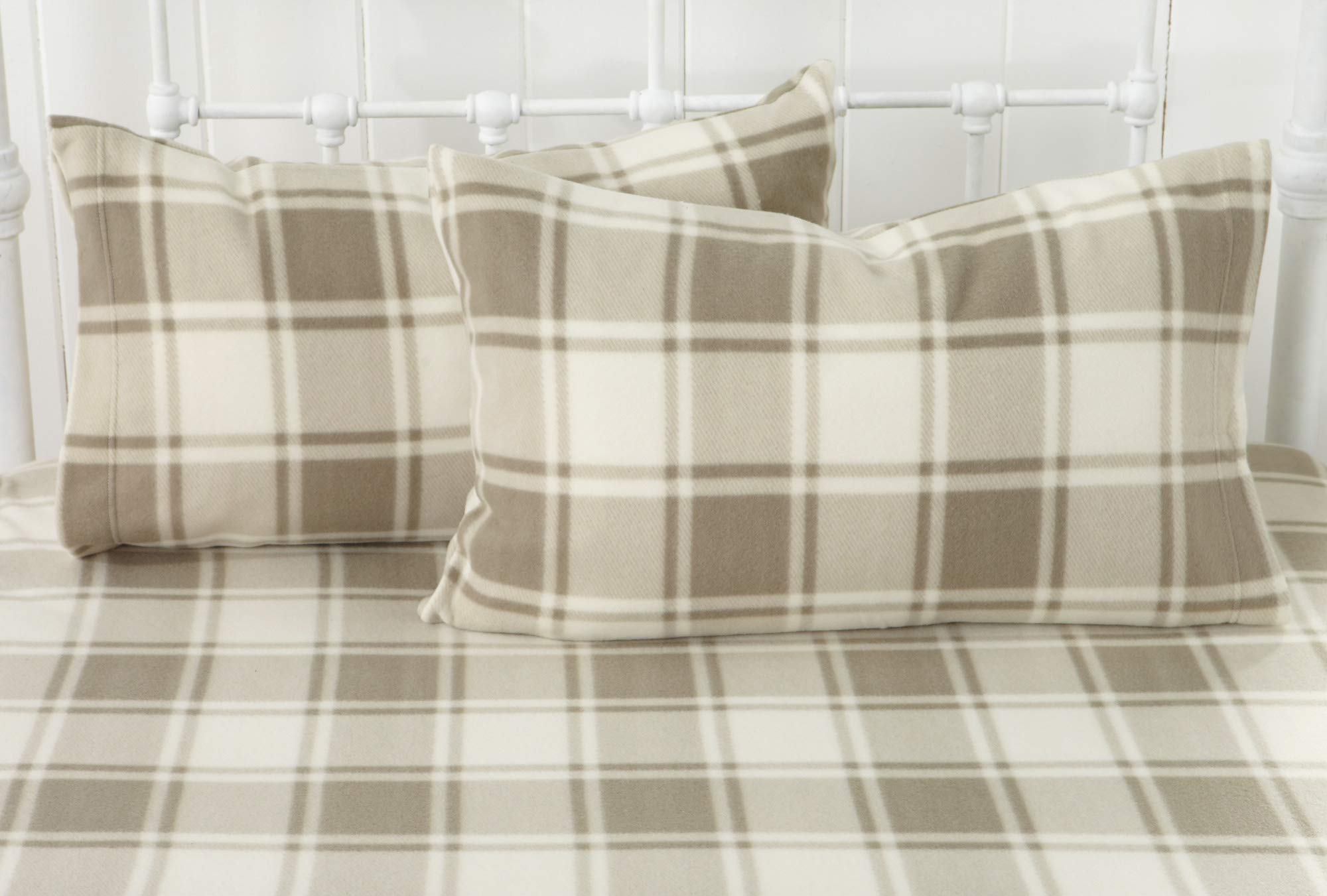 Great Bay Home Super Soft Extra Plush Plaid Polar Fleece Sheet Set. Cozy, Warm, Durable, Smooth, Breathable Winter Sheets with Plaid Pattern. Dara Collection Brand. (Full, Taupe) by Great Bay Home (Image #6)