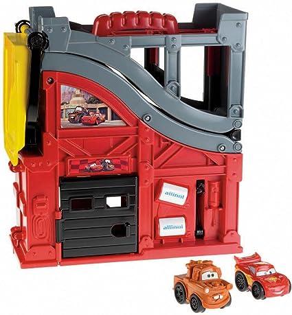 Amazon Com Fisher Price Wheelies Disney Pixar Cars 2 Speed N Sounds Race Track Toys Games