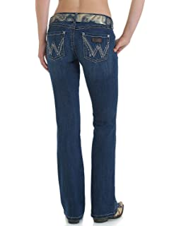 c0197eaa Wrangler Women's Retro Sadie Low Rise Stretch Boot Cut Jean at ...