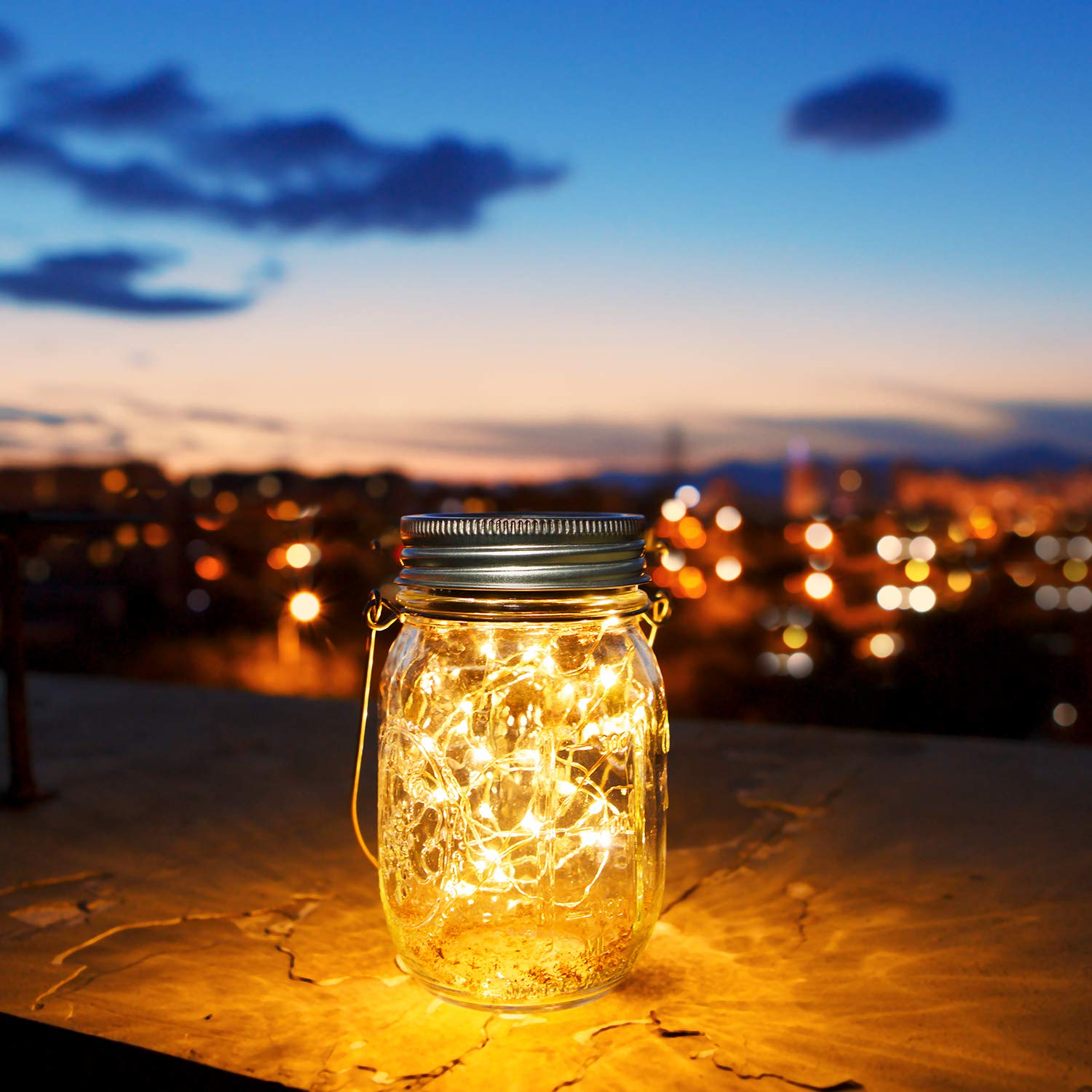 30 LED Solar Mason Jar Lights,Solar Garden Ornaments Outdoor,Solar Fairy Jars,Hanging Lanterns Light,Patio Path Lights Decoration Light,Gift and Decor for Christmas,Holiday,Ceremony Liyoung