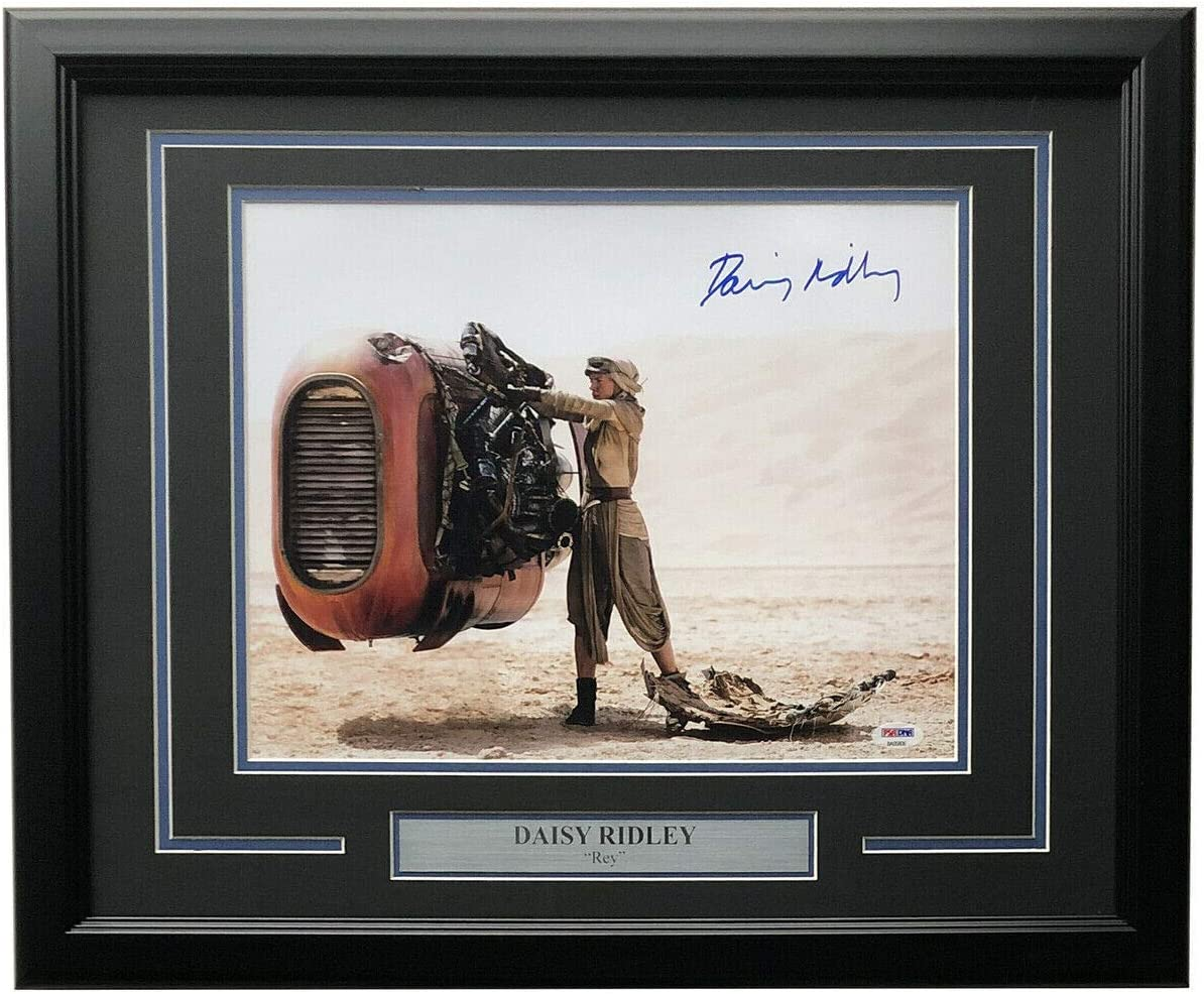 Daisy Ridley Autographed Signed 121249 11X14 Star Wars Tfa