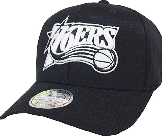 4f203ddcbb4 Image Unavailable. Image not available for. Color  Mitchell   Ness  Philadelphia 76ers EU1033 110 Curved Black White NBA Flexfit Snapback Cap  ...