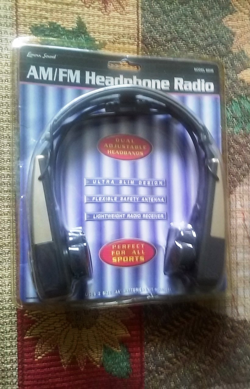 Lenoxx Sound 885M AM/FM Headphone Radio