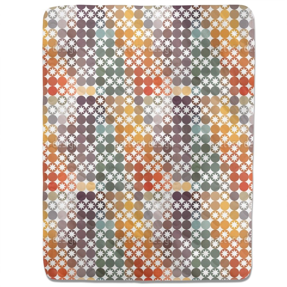 Happy Star Bingo Fitted Sheet: King Luxury Microfiber, Soft, Breathable by uneekee