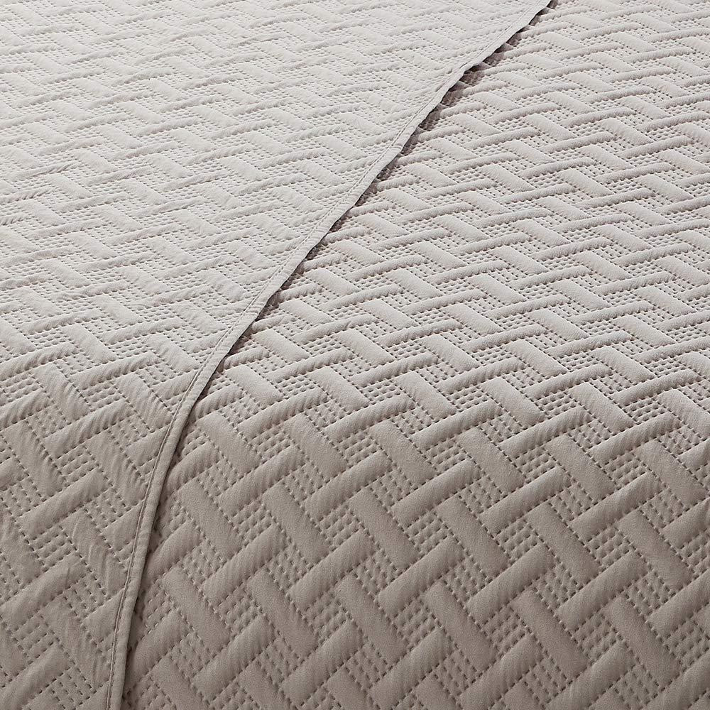 Lightweight /& Hypoallergenic All-Season Ultrasonic Bedspread Coverlet Set Stripe Blue Included 1 Quilt, 2 Shams BEJIMD Reversible Microfiber Quilt Set 3-Piece Twin Size Printed