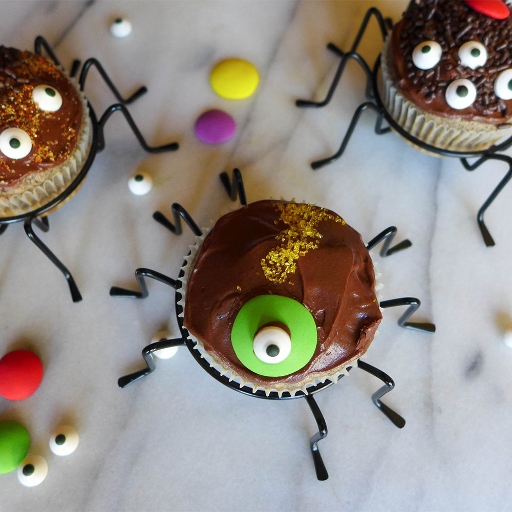 Cupcake Holder, Metal Wire Spider Cupcake Stands Set of 4. The Perfect Cupcake Carrier, Spiderman Party. JH Smith 685