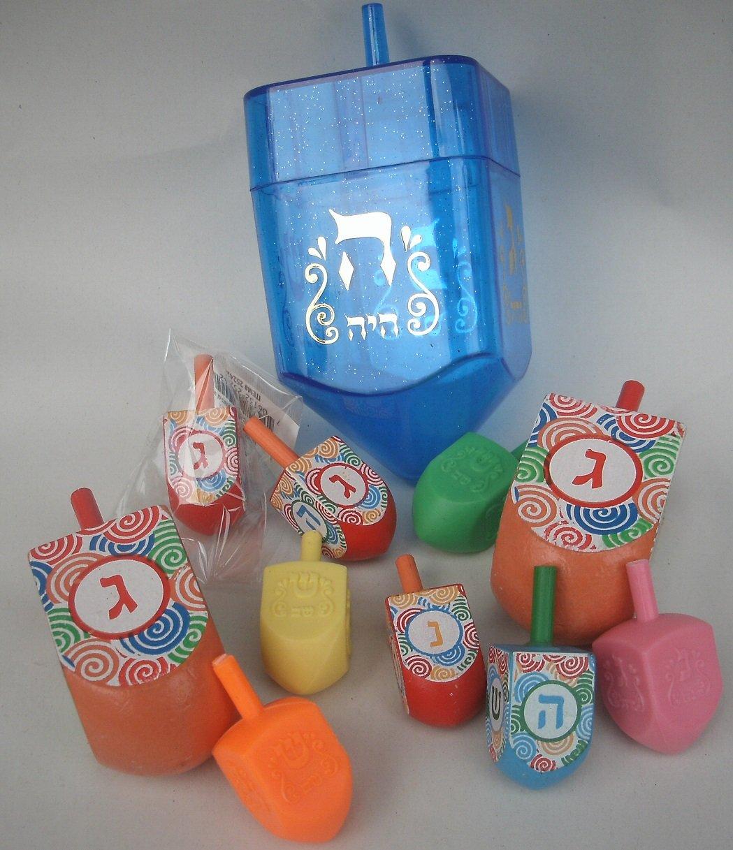 Ner Mitzvah 11 toupies en plastique et bois, Le sevivon (hébreu) ou dreydel (yiddish) une toupie pour la fête juive de Hanoucca NerMitzvah