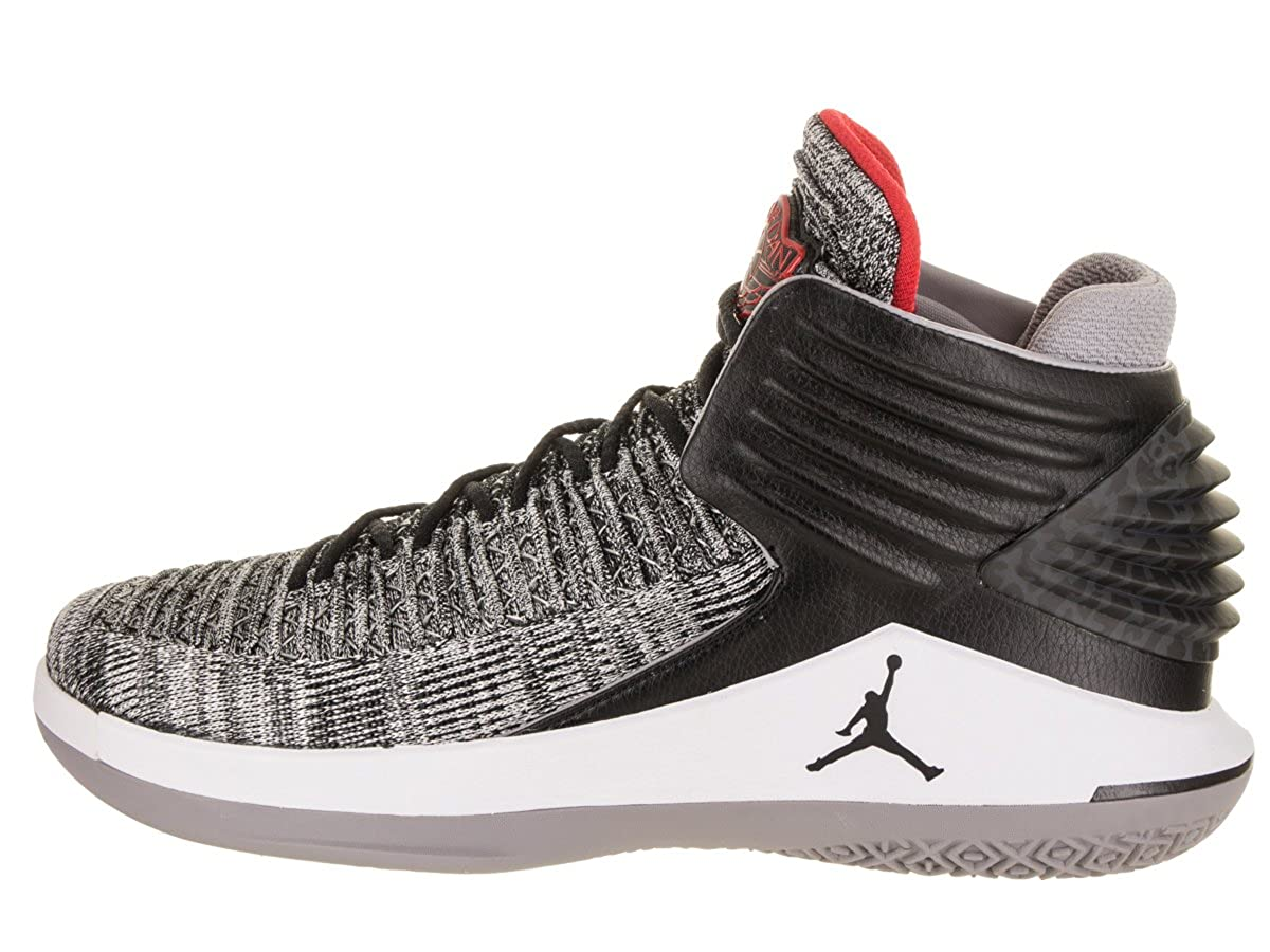separation shoes 68afb 1c72b Amazon.com   Jordan Nike Men s Air XXXII Basketball Shoe   Basketball