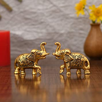Amazon Com Collectible India Ethnic Indian Elephant Trunk Up Showpiece Decorative Items For Home Decoration Gold Plated Elephant Statue Home Office Table Living Room Decor Furniture Decor