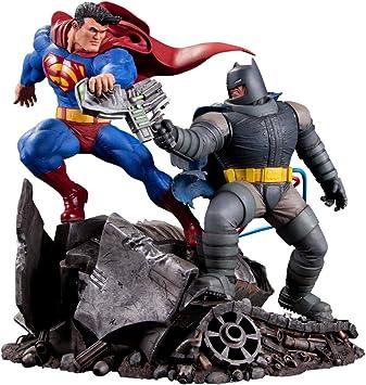 Darkseid 32 CM DC DIRECT DC COMICS STATUE Superman vs