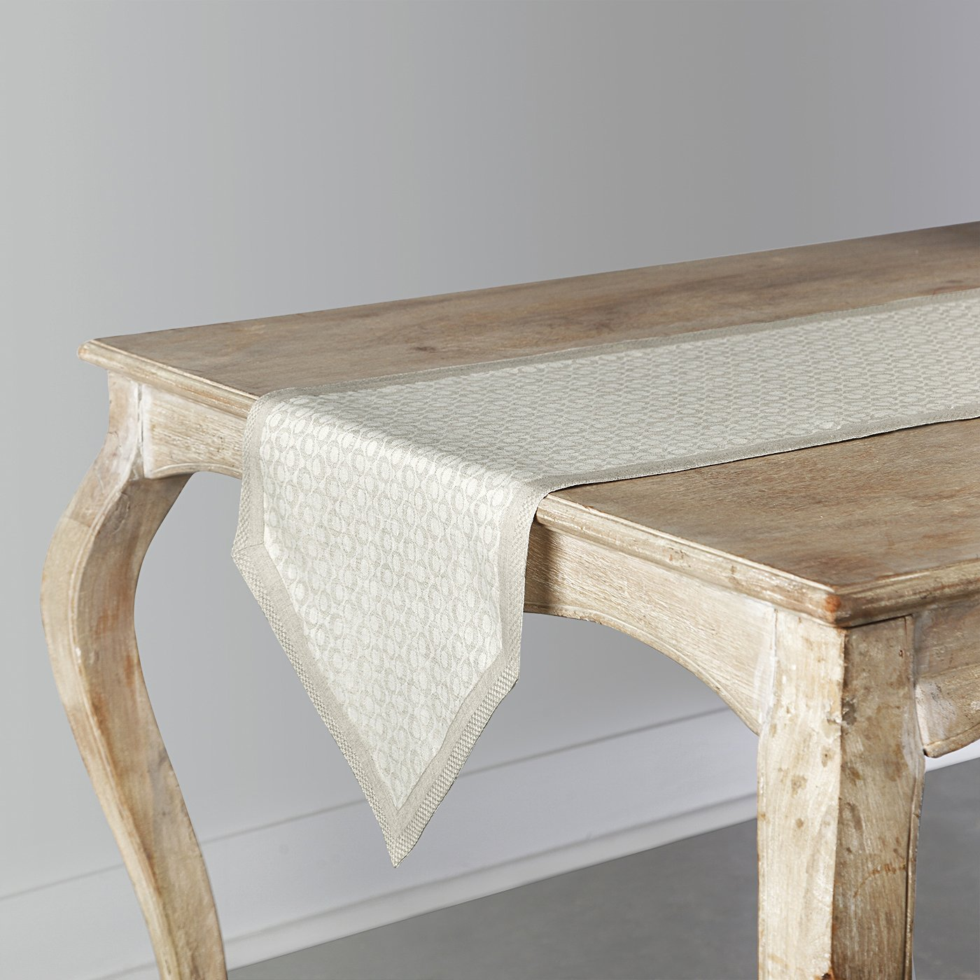 Handcrafted Jacquard Pure Linen Pointed Ends Table Runner - ChristmasTablescapeDecor.com