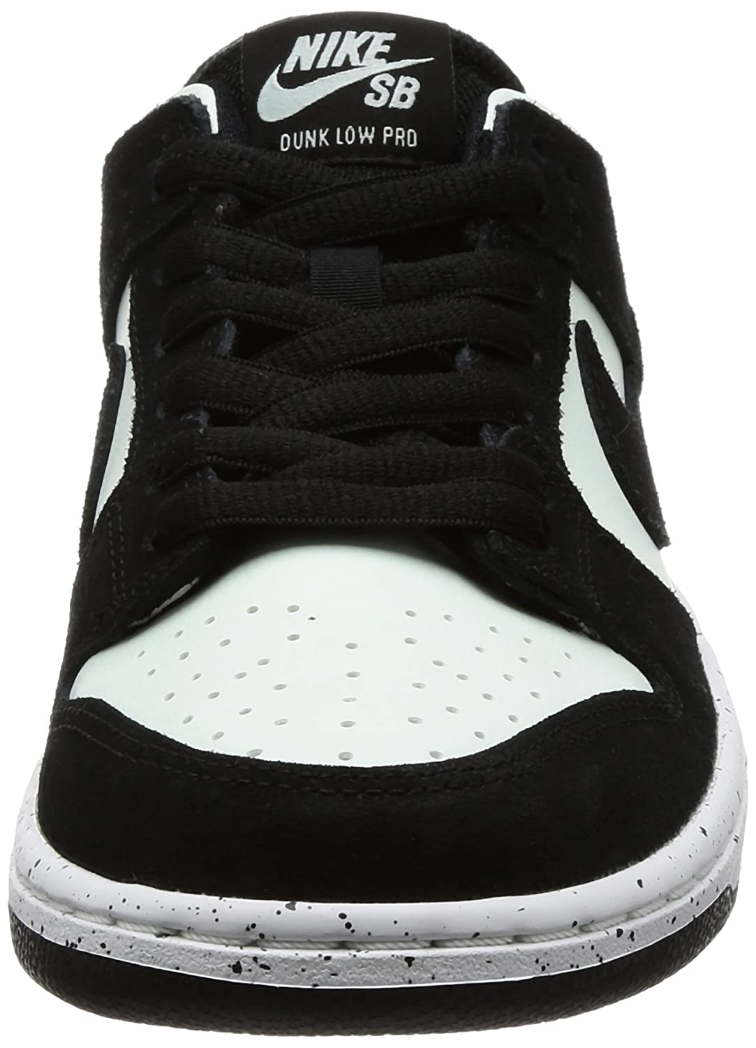 wholesale dealer 86f5e ce44c Amazon.com   Nike Men s SB Zoom Dunk Low Pro Skate Shoe   Skateboarding