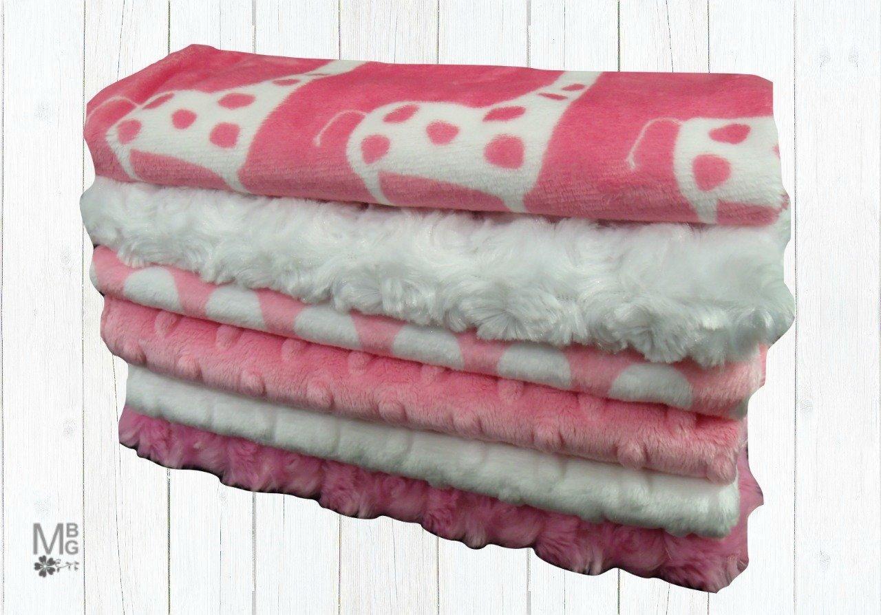 MinkyBabyGifts Personalized Pink Giraffe Minky Baby Burp Cloths