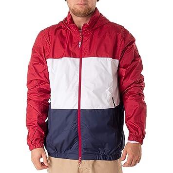 6afda5a75c33 Amazon.com  Nike SB Shield Windbreaker Red Crush Size L  Sports ...