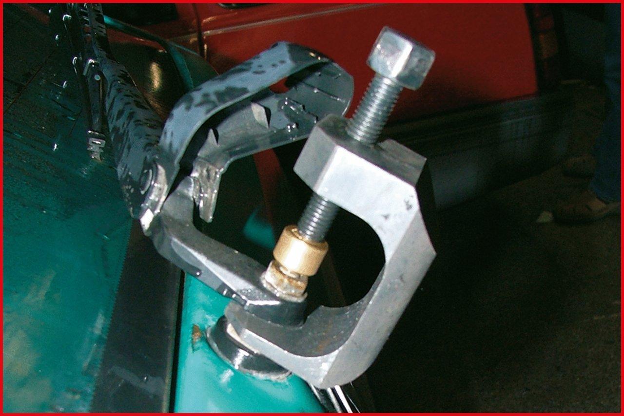 KS Tools 700.1191 Extractor del Brazo del limpiaparabrisas Tipo 2 (entrecaras 26 mm, con accionamiento de 13 mm), 13mm: Amazon.es: Bricolaje y herramientas