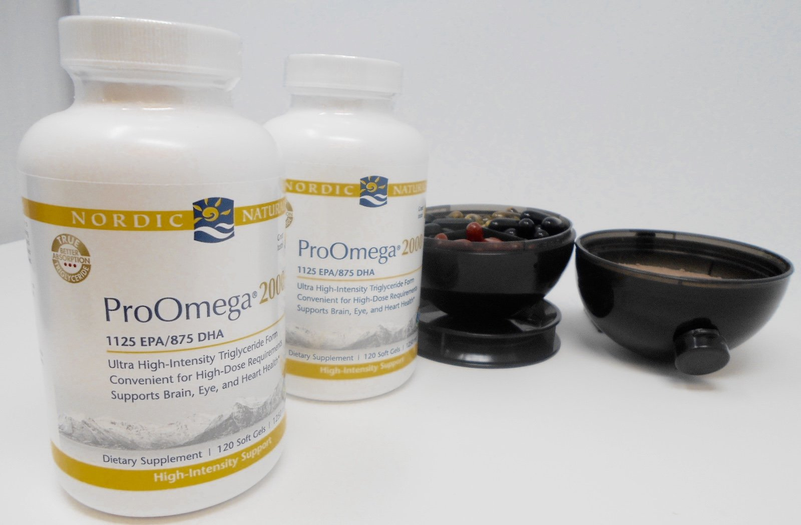 Nordic Naturals ProOmega 2000 Lemon 120 Soft Gels (2-Pack)Viita Ball Bundle