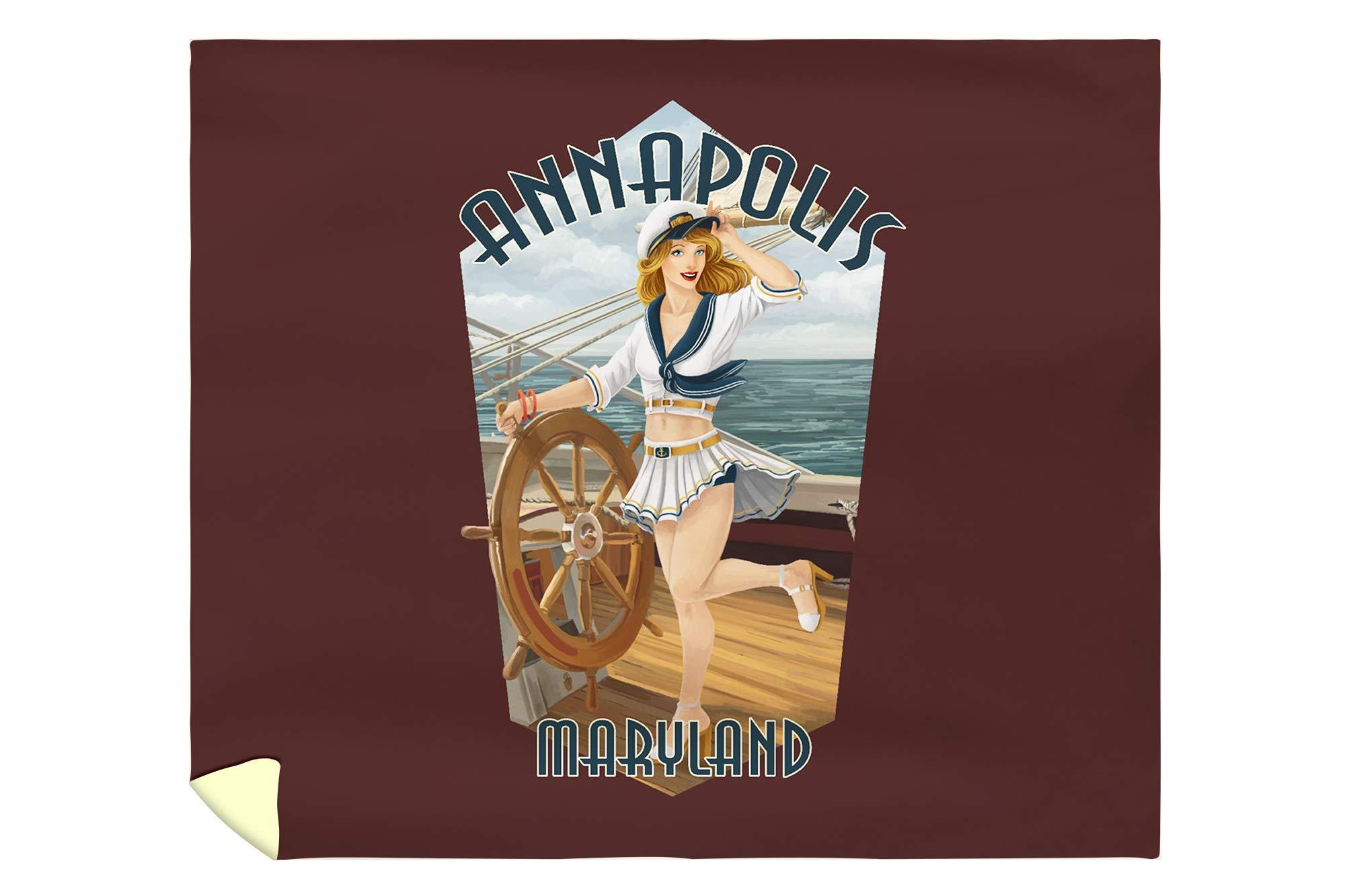 Lantern Press Annapolis, Maryland - Pinup Girl Sailing - Contour 99668 (88x104 King Microfiber Duvet Cover)