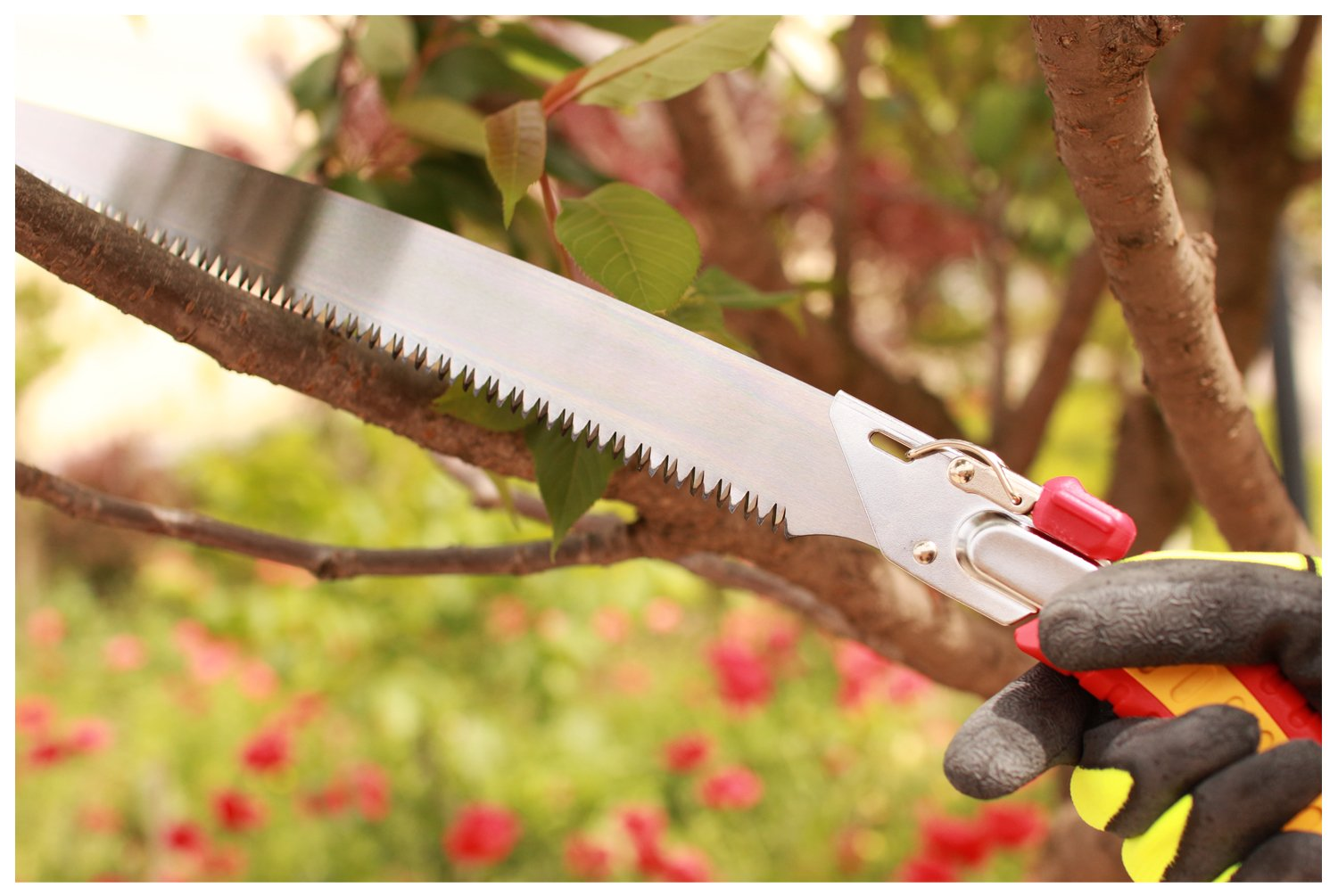 Geelife Landscaping Hand Pruning Saw Rugged Razor Blade Hand Saw with Sheath Professional Pruning Saws Garden Tool for Trim Tree Branches