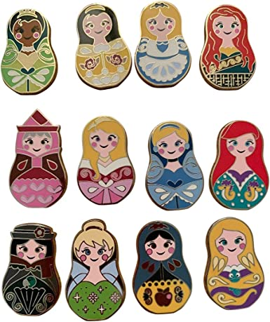 Disney NESTING DOLLS New /& Sealed 5-pin Collectible Mystery Pin Pack