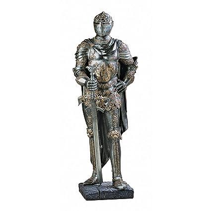 amazon com design toscano the king s guard medieval decor half
