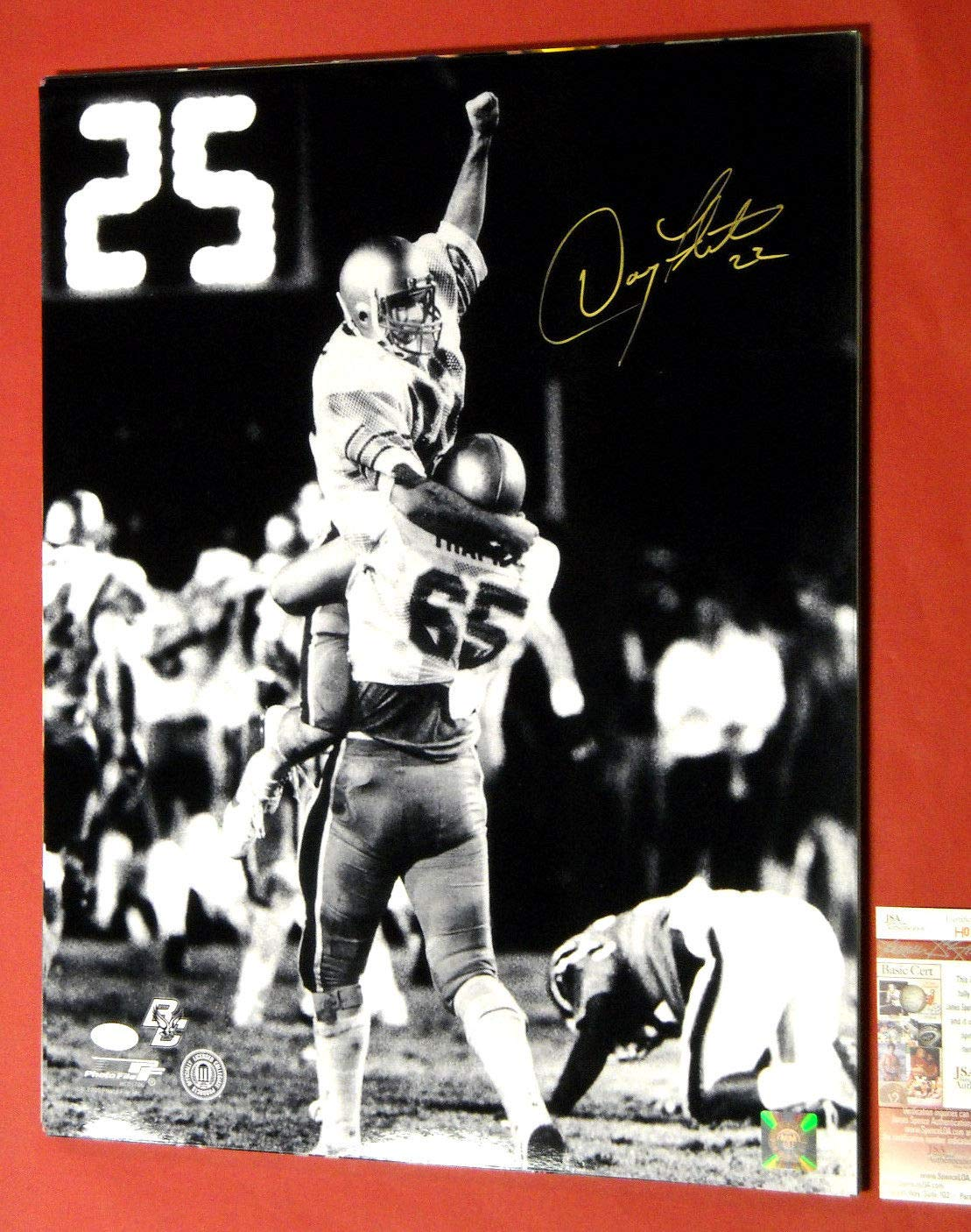 DOUG FLUTIE AUTOGRAPHED BOSTON COLLEGE EAGLES B&W 16X20 JSA