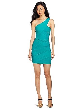 727b90c1300e68 Amazon.com: BCBGMAXAZRIA Women's Versa Asymetrical Draped One Shoulder Dress:  Clothing