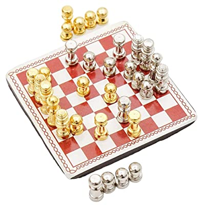 Odoria 1:12 Miniature Metal Chess Set 32 Chesses and Chessboard Dollhouse Decoration Accessories: Toys & Games